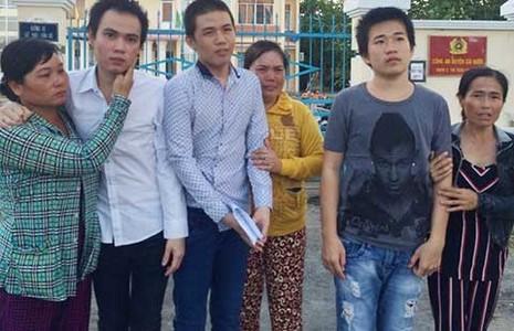 VKS Cái Nước đình chỉ cùng lúc ba thanh niên  - ảnh 1
