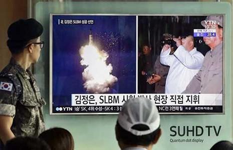 Mỹ-Hàn lo đối phó tàu ngầm Triều Tiên xâm nhập - ảnh 1