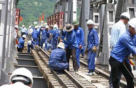 Hàng loạt sai phạm ở Tổng Công ty Đường sắt  - ảnh 1