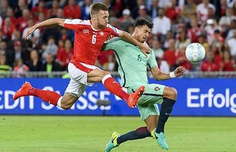 Vòng loại World Cup 2018: Tân vô địch Euro nhận thất bại - ảnh 1