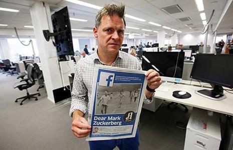 Tổng biên tập đối đầu với Facebook vì 'Em bé napalm' - ảnh 1