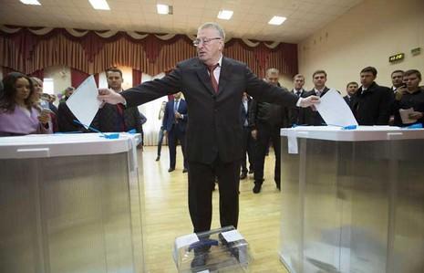 Putin toan tính gì cho 'người thừa kế' điện Kremlin? - ảnh 2