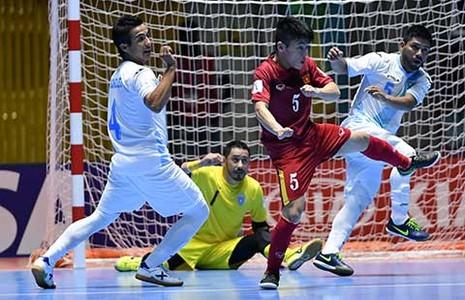 'Cậu út' Futsal ngồi mâm trên - ảnh 1