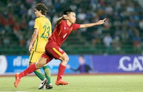 Lội ngược dòng thắng Úc 3-2, U-16 VN tranh suất tứ kết - ảnh 1