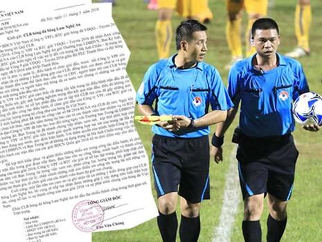 Bóng đá Việt Nam: 'Thẩm mỹ viện' V-League  - ảnh 1