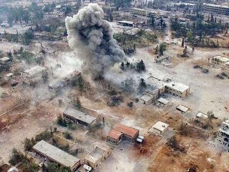 Mỹ có thể bắn tên lửa vào các đường băng Syria - ảnh 1