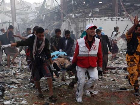 Liên quân Ả Rập bị nghi không kích ở Yemen  - ảnh 1