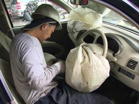 Người chết thứ 11 ở Mỹ do túi khí nhãn hiệu Takata - ảnh 1