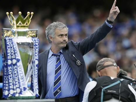 Chelsea - MU: Mourinho kỵ màu xanh  - ảnh 1