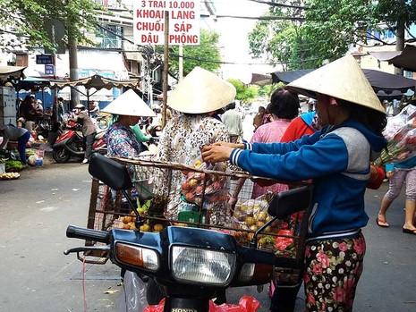 Siết chặt việc sử dụng vỉa hè tại Hà Nội và TP.HCM - ảnh 1