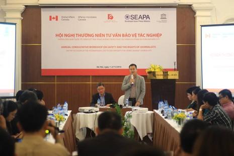 Ông Trần Nhât Minh, giám đốc Trung tâm nghiên cứu truyền thông phát triển phát biểu tại hội thảo.