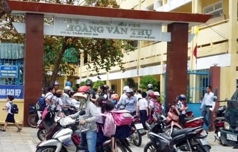 Đà Nẵng mở toang trường học vào ban đêm - ảnh 1