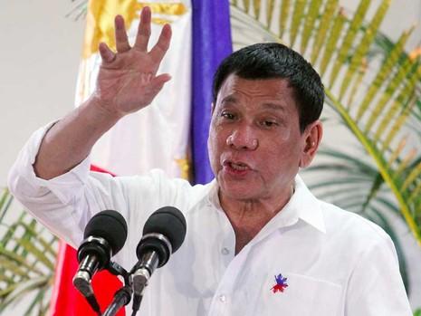 Tổng thống Duterte muốn rút khỏi ICC như Nga - ảnh 1