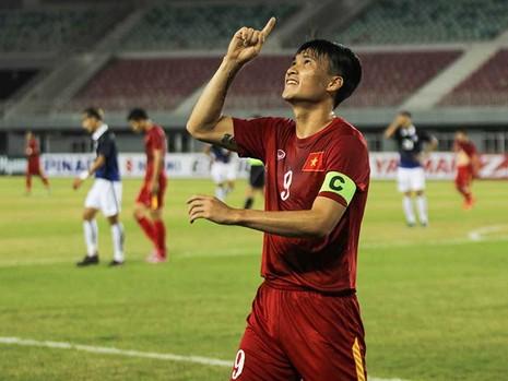 Việt Nam-Campuchia 2-1: Trả giá đắt cho ngôi nhất bảng - ảnh 1