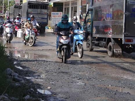 Hóc Môn, TP.HCM: Thiệt mạng vì đường hư - ảnh 1