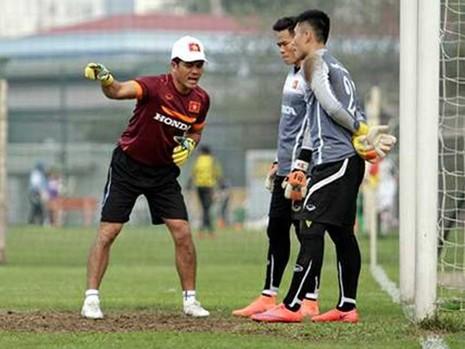 HLV thủ môn Võ Văn Hạnh: Thái gặp Myanmar 'xương' lắm! - ảnh 1