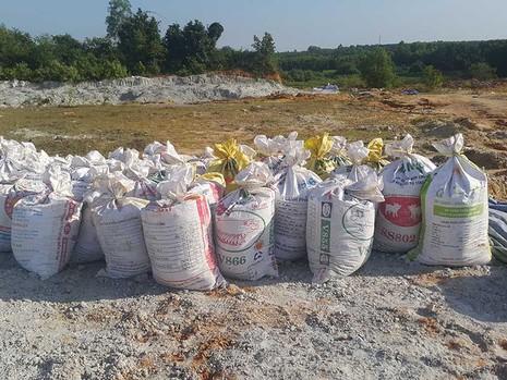 Bãi rác thải chui khổng lồ ở Đồng Nai - ảnh 3
