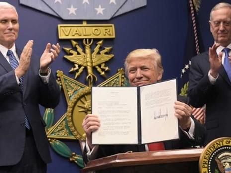 Ông Trump với phép thử 'kiểm soát và cân bằng' - ảnh 1