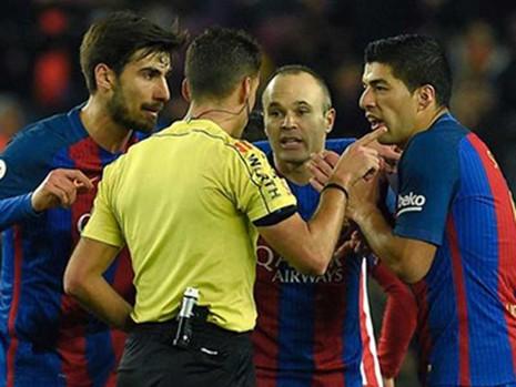 Cái giá quá lớn cho suất CK cúp nhà vua của Barcelona - ảnh 1