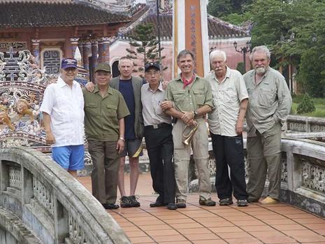 Những người Mỹ kiên trì vì Việt Nam - ảnh 1