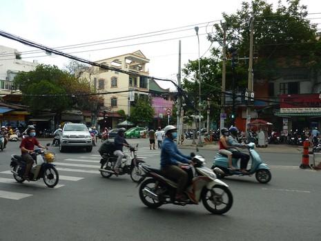 TP.HCM: Ngày đầu ra quân xử phạt hành chính theo Nghị định 46 - ảnh 1