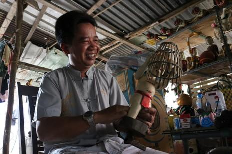 Nghệ nhân với những con rối nước hiếm hoi ở Sài Gòn - ảnh 8