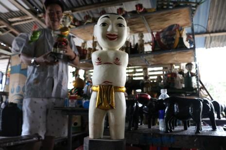 Nghệ nhân với những con rối nước hiếm hoi ở Sài Gòn - ảnh 14