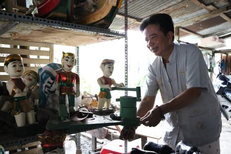 Nghệ nhân với những con rối nước hiếm hoi ở Sài Gòn - ảnh 17
