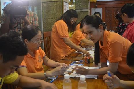 Đông đảo người dân đăng ký hiến xác y học - ảnh 6