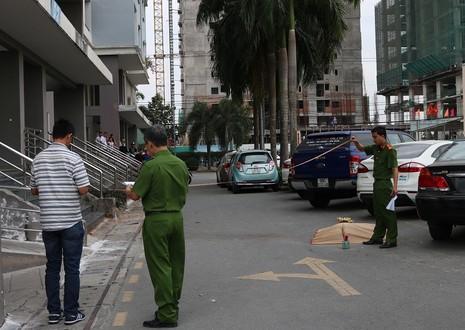 Người đàn ông Philippines nhảy lầu do stress - ảnh 1