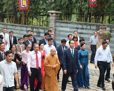 Chủ tịch nước dâng hương các Vua Hùng - ảnh 12
