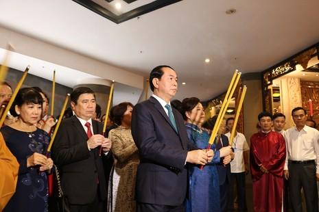Chủ tịch nước dâng hương các Vua Hùng - ảnh 16