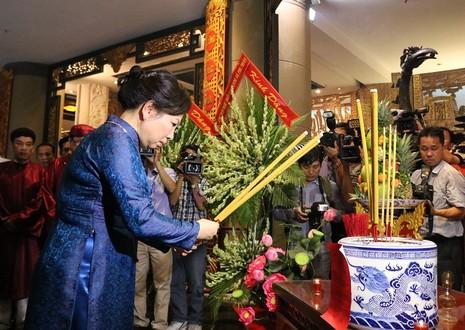 Chủ tịch nước dâng hương các Vua Hùng - ảnh 18