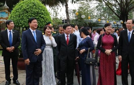 Chủ tịch nước dâng hương các Vua Hùng - ảnh 4