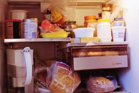 8 sai lầm khi dự trữ và chế biến thực phẩm gây hại sức khỏe - ảnh 1