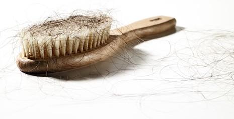 7 dấu hiệu của mái tóc liên quan đến sức khỏe - ảnh 2