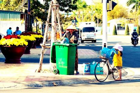 Người lao động xa nhà kể chuyện qua ảnh - ảnh 3