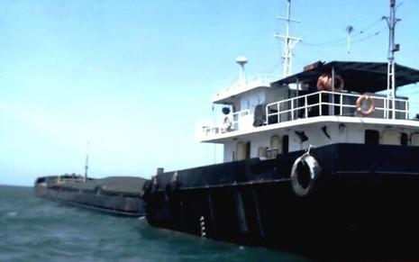 Cảnh sát biển bắt giữ tàu vận chuyển than lậu - ảnh 2