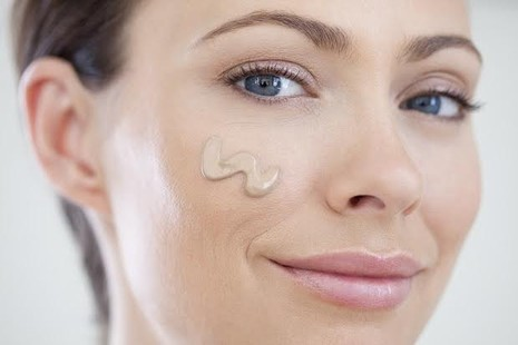 7 cách chăm sóc cần tránh với da dầu - ảnh 2