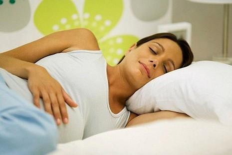 Những điều cần biết về bệnh đau lưng khi mang bầu - ảnh 2