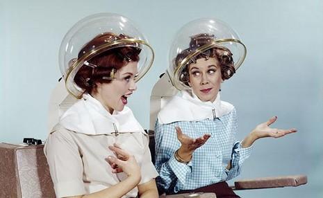 4 sản phẩm chăm sóc tóc không nên dùng ở tuổi trung niên - ảnh 1