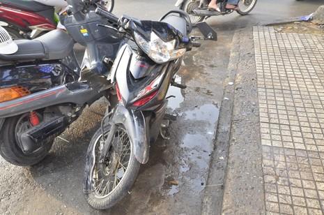 3 vụ tai nạn liên tiếp tại ngã tư, giao thông hỗn loạn - ảnh 1