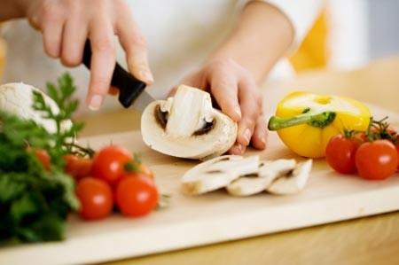 Món ăn bạn làm tại nhà liệu có đủ sạch? - ảnh 1