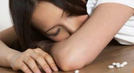 Xử trí người bị ngộ độc thuốc ngủ - ảnh 1