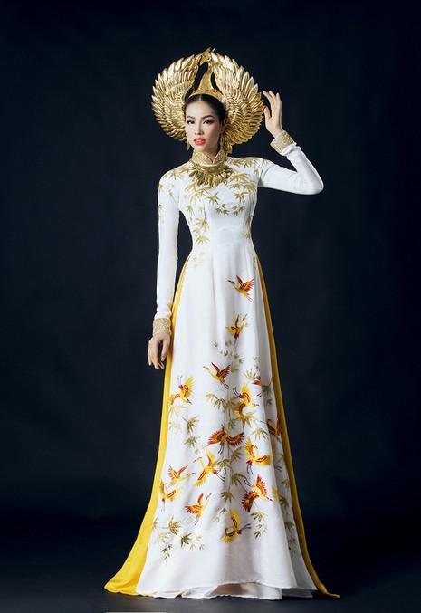 Công bố trang phục dân tộc của Phạm Hương - ảnh 1