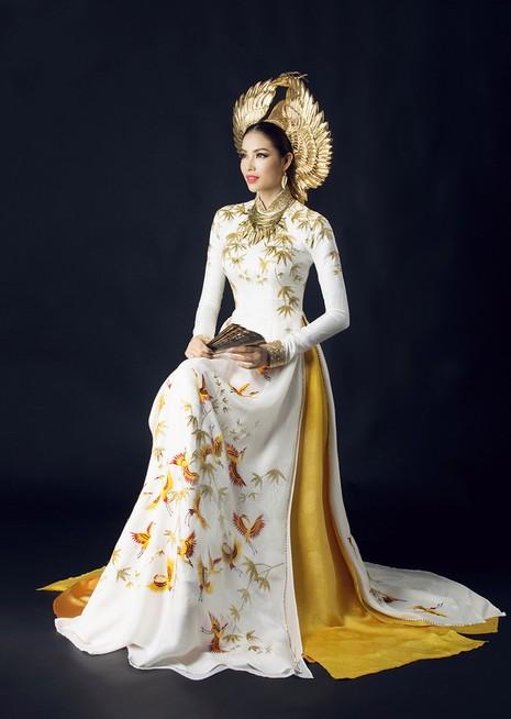 Công bố trang phục dân tộc của Phạm Hương - ảnh 2