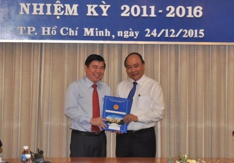 Phó Thủ tướng trao quyết định phê chuẩn nhân sự mới tại TP.HCM  - ảnh 3