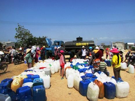 Đem nước sạch về vùng hạn Ninh Thuận - ảnh 2