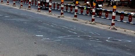 Xe công an va chạm xe máy, ba người tử vong - ảnh 2