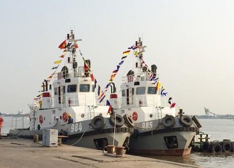 Bàn giao hai tàu kéo TK 600 cho Quân chủng Hải quân                                - ảnh 2